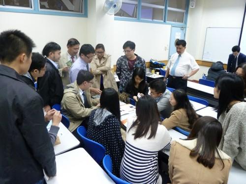 2013-4-7 舉辦植牙培訓課程